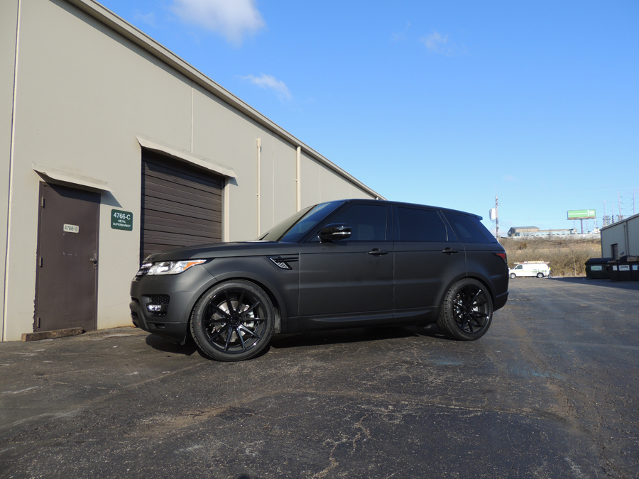 range rover matte black vinyl wrap vivid wraps. Black Bedroom Furniture Sets. Home Design Ideas